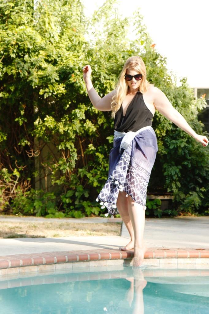 3 Ways to Wear a Sarong