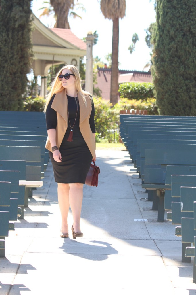 Layering a Midi Dress and a Giveaway - Fall Outift with Leopard Heels