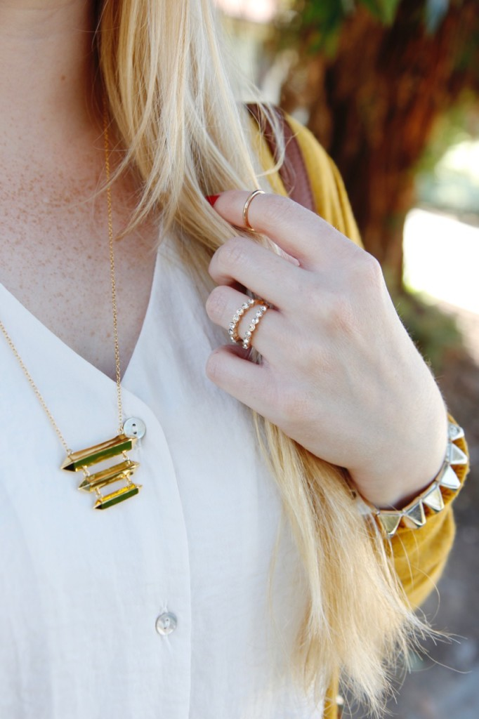 Fall Vibes - Gold Jewelry from Gorjana & Banana Republic