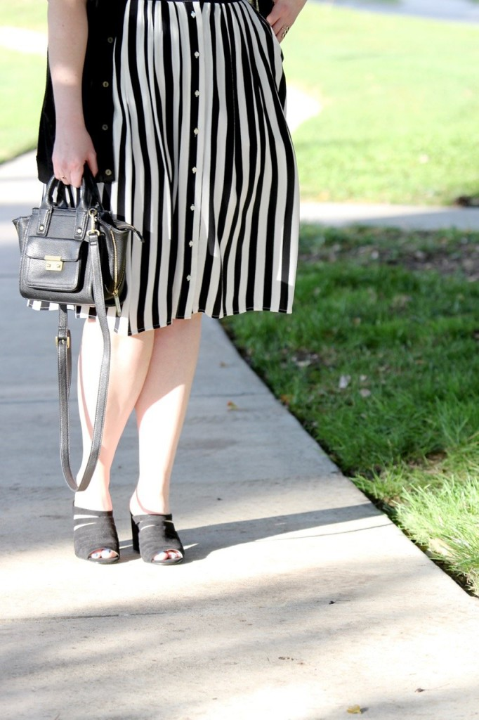 Girls Who Wear Glasses - Striped Midi Skirt