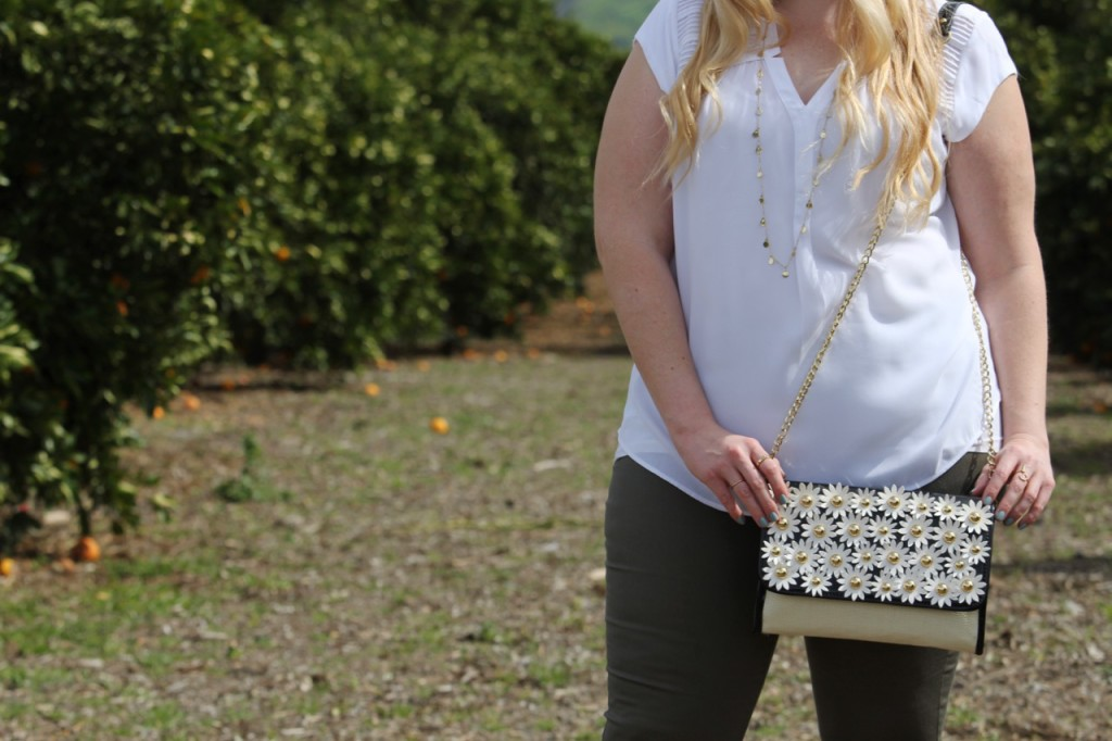 Grove Party - Spring Outfit with Flower Bag
