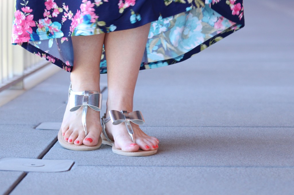 Silver Metallic Bow Sandals